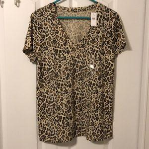 2/$20.  GAP Ladies Leopard Print Vee Tee Sz L